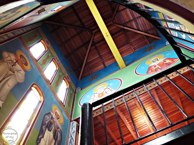 Portraits-of-my-Land-Greek-Church-interior