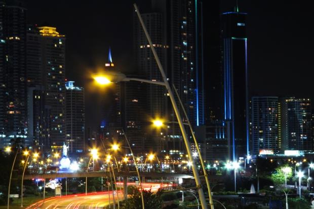 Portraits-of-my-Land-Panama-city-night-8